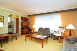 68 Jeffcoat Living Room 03