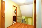 759 Bloor St. Hallway